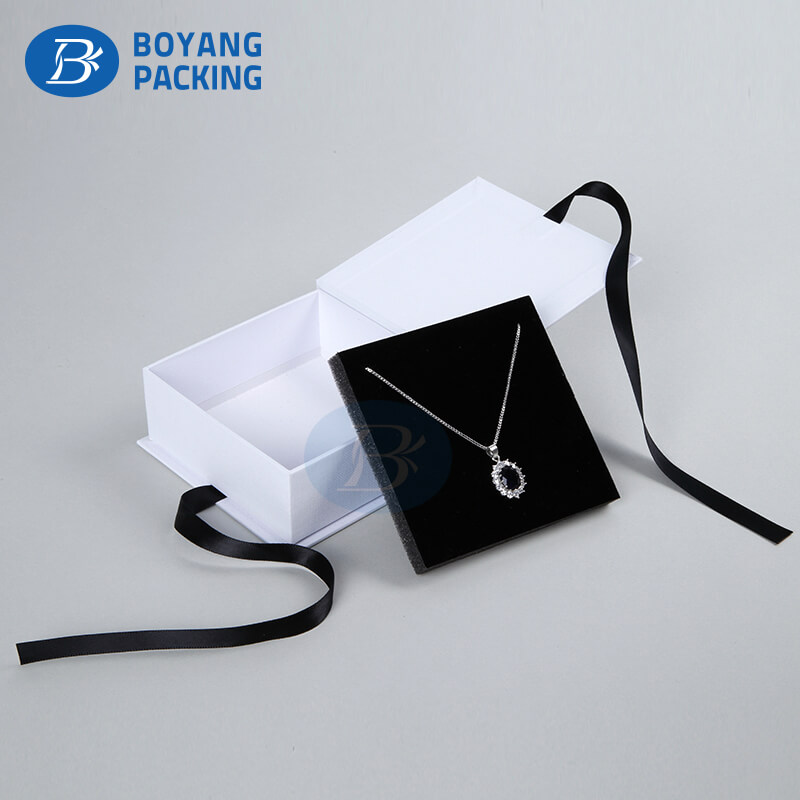 Environmentally friendly necklace box wholesale